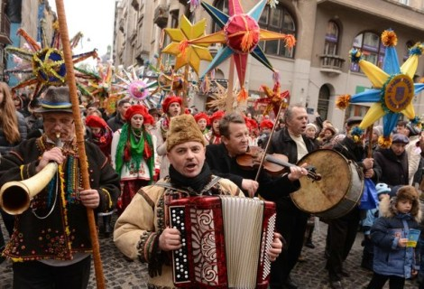 UKRAINE-RELIGION-ORTHODOX-CHRISTMASS-CARNIVAL
